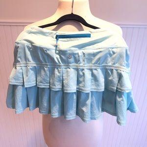 Light blue lulu lemon skirt size 6